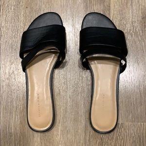 Banana Republic black leather slide sandals. Sz 8.